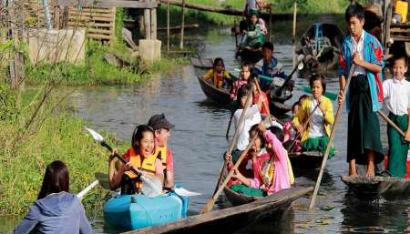 Inle Lake: Half-Day Tour With Local Canoe Ride Through Floating Villages