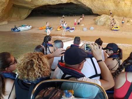 2-Stündiger Privater Besuch Der Höhlen Zwischen Portimo Und Benagil