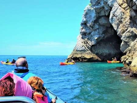 Sesimbra: Tour En Bote A Las Grutas De Cabo Espichel