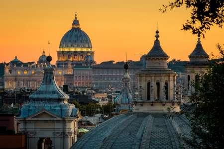Excursão A Pé À Noite Em Roma Com Aperitivo
