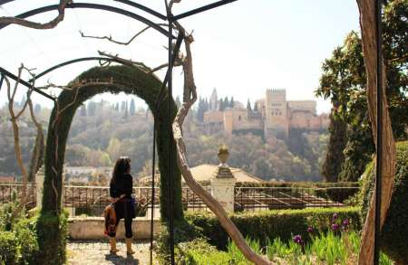 Granada: Tour To The Local Houses And Renaissance Palaces Of Albaicín