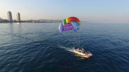 Enjoy The Best Parasailing Experience In Barcelona