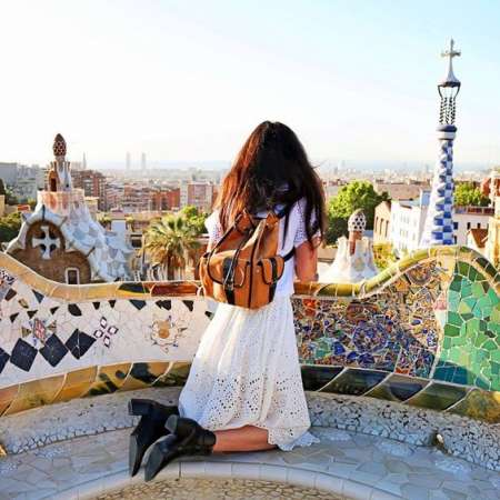 Barcelona: Sailboat Tour, Visit To Park Guell & Sagrada Familia