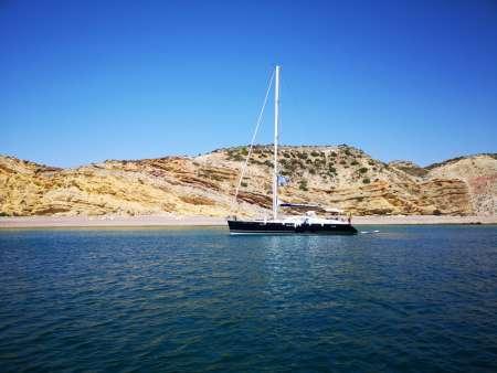 Vilamoura: Luxury Sailboat Ride On The Algarve Coast