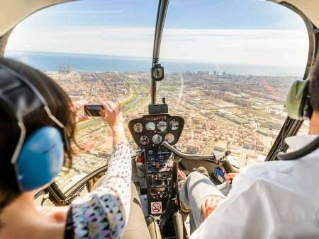 Barcelona: Private 10-Minute Helicopter Flight