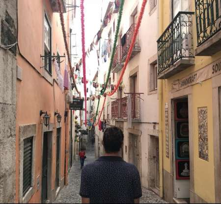 Lisbon Walking Tour: True Portuguese Soul