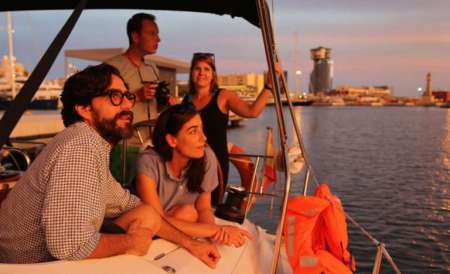 Barcelona: Private 3-Hour Sunset Sailboat Tour