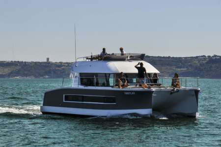 Lisbon: 2-Hour Private Tour On Catamaran For 18 People