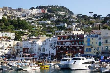 Von Rom: Ganztägige Luxusreise Nach Capri