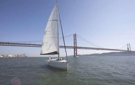 Excursão De 2 Horas Em Barco Particular Em Lisboa
