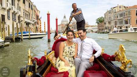 Venice: Guided City Walking Tour And Gondola Ride