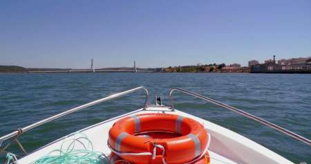 From Ferragudo: 4-Hour Boat Tour To Silves