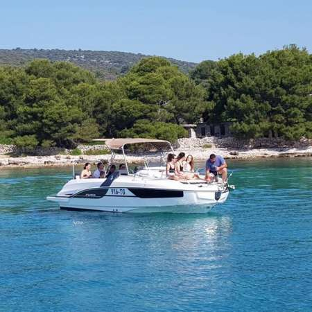Private Boat Tour To The Blue Lagoon And Solta Starting From Split