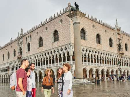 Venise: Billet Coupe-File Et Visite Guidée Du Palais Des Doges