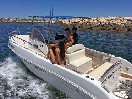 Lagos: Private Half-Day Trip On Powerboat In Algarve