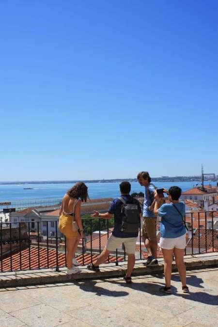 Visita Guiada A Lisboa Em Francês Pelos Seus Habitantes