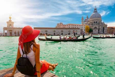Venice: Guided Tour In St. Marks Basilica And Gondola Ride