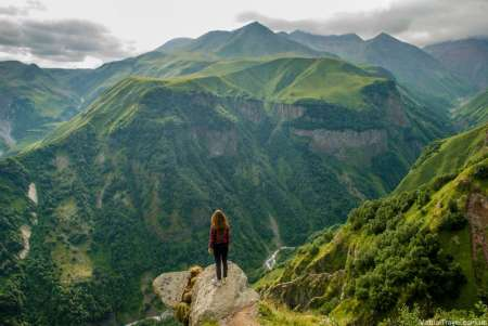 Private Full-Day Tour To Kazbegi With Wine & Food Tasting