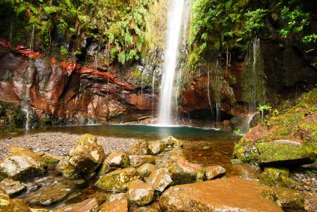 Madeira Island: Guided Hiking Tour In Rabaçal And Levada Das 25 Fontes