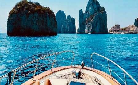 Tour Privado En Bote Por La Isla De Capri