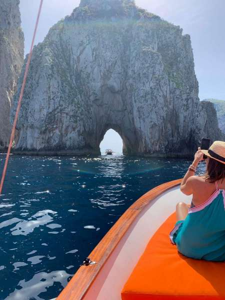 Capri Boat Tour For Couples