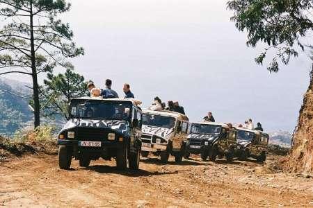 Aventure D'une Journée En Jeep Sur L'île De Madère