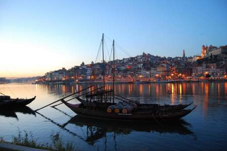 Porto City Tour With Lunch And 6 Bridges Cruise