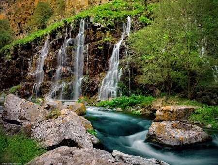 From Tbilisi: One Day Tour Of Dashbashi Canyon