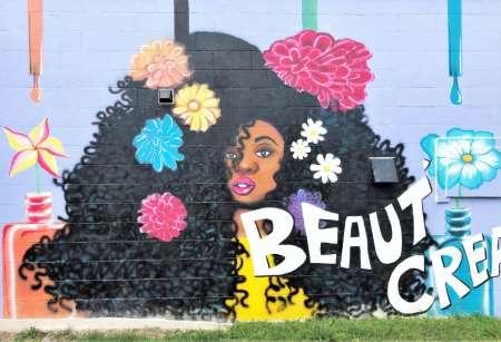 Nashville: Murals, Music, And Museums Walking Tour
