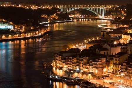 Tour Do Porto À Noite Com Show De Fado E Jantar
