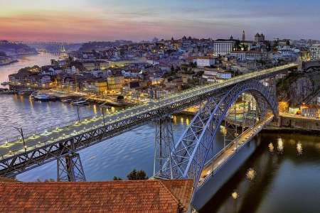 Porto City Small-Group Tour With Wine Tasting
