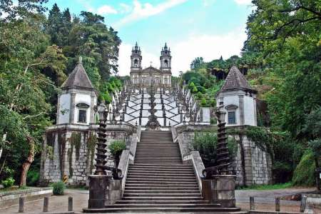 From Porto: Braga & Guimarães Small-Group Full-Day Tour With Lunch
