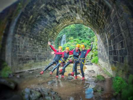 São Miguel Von Den Azoren: Halbtägiges Canyoning In Ribeira Dos Caldeirões