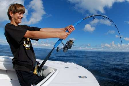 4-Hour Coastal Fishing Excursion In Barcelona