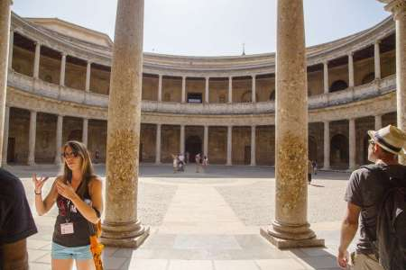 Granada: Guided Tour To The Alhambra With Nasrid Palace