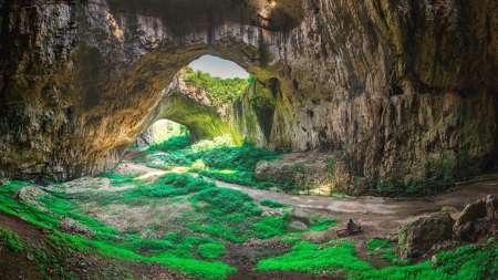 Desde Sofía: Excursión De Un Día En Grupo Pequeño A Las Cascadas Krushuna Y La Cueva Devatashka