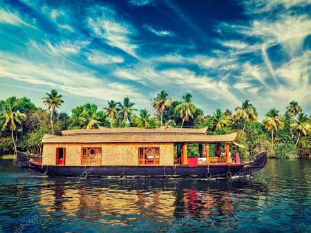 Palm & Backwaters Tour: 9-Day Trip In Kerala