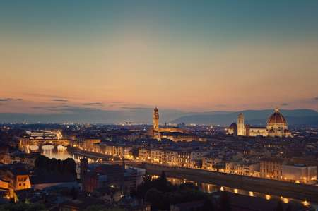 Florencia De Noche Tour A Pie De 2 Horas