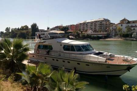 Seville: Cruise On A Private Yacht Through The Guadalquivir River