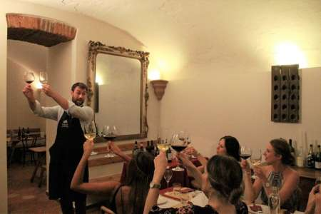 Milan: Wine Tasting Experience In The City Centre