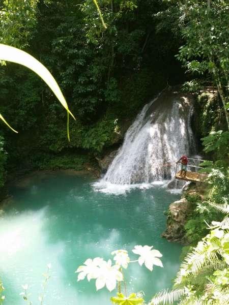 Excursão Falmouth: Excursão Às Cachoeiras Do Rio Dunns E Buraco Azul