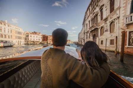 Venice: Grand Canal Boat Tour With Visit To Murano And Burano