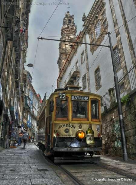 Visite Porto En Voiture Classique Avec Dégustation De Vins Et Déjeuner