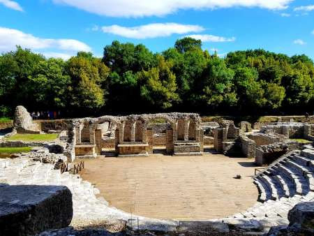 Von Saranda: Besuchen Sie Die Archäologische Stätte Von Butrint Und Die Strände Von Ksamil