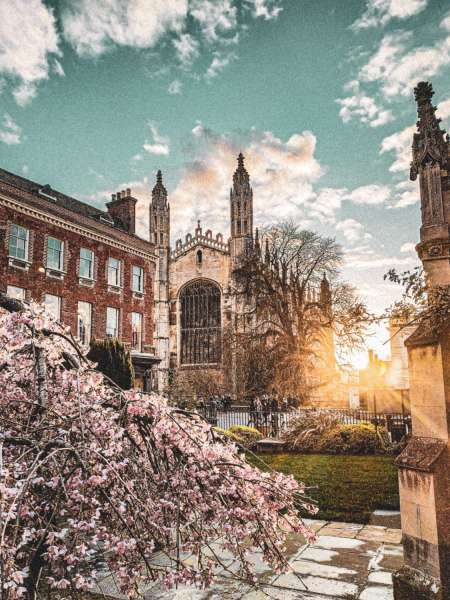 Welcome To Cambridge: 45-Minute Podcast Walking Tour