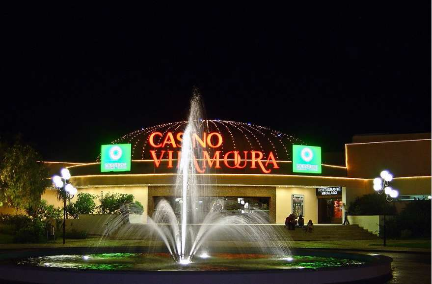 Visit the Casino Vilamoura in the Algarve when it is raining