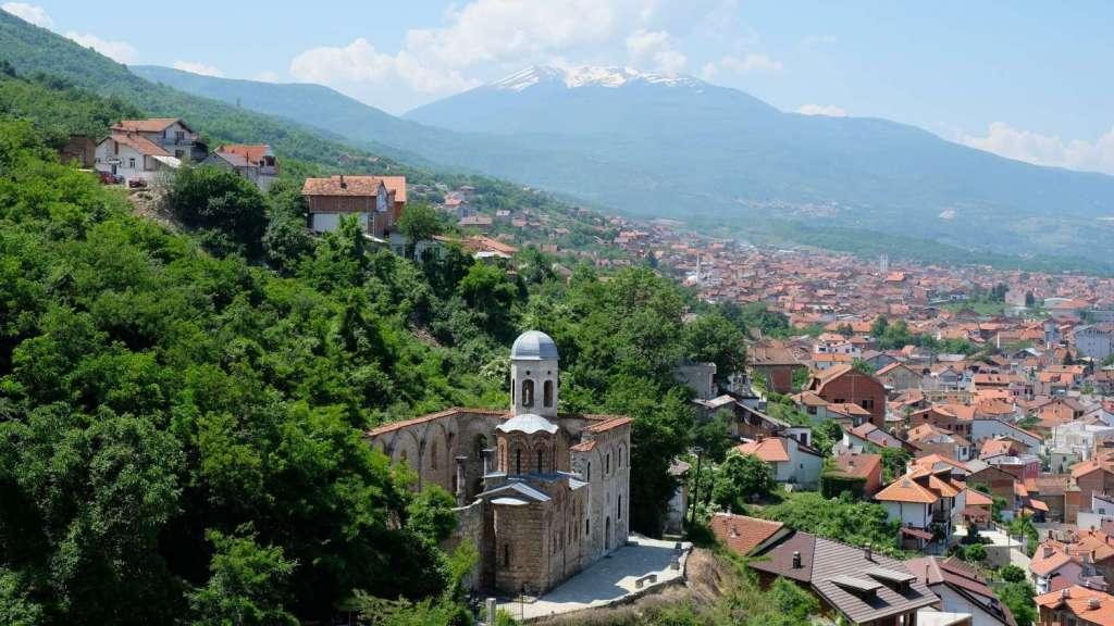 Geh zurück zu Kosovo