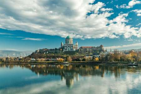 From Budapest: Danube Bend Private Full Day Tour With Lunch