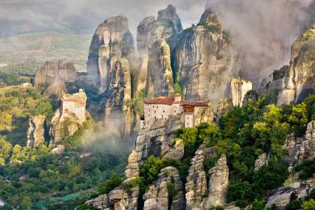 From Athens: Full Day Tour To Meteora And Vergina, Ancient Macedonia
