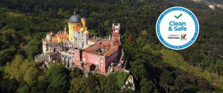 Sintra & Cascais: Private Minivan Tour